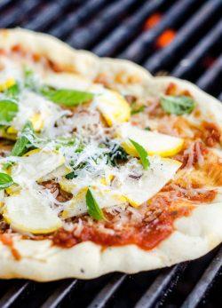 Công thức bánh pizza phiên bản siêu dễ