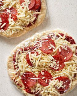 Cách làm Pizza đông lạnh tại nhà ngon và đơn giản