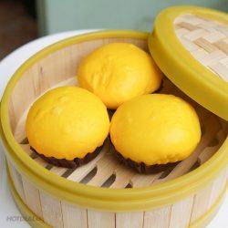 Cách làm bánh bao bí đỏ vàng thơm, mềm xốp