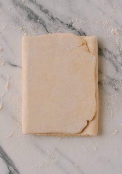 Cách tự làm bột ngàn lớp Puff Pastry tại nhà đơn giản đến bất ngờ!