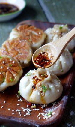 Hướng dẫn cách làm bánh bao chiên Thượng Hải (sheng jian bao)