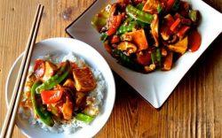 Ngon cơm với đậu phụ xào rau củ