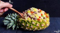 Công thức cơm chiên thịt bò trong trái dứa ngon đẹp chuẩn vị Thái