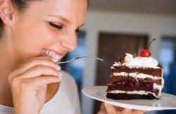 Mẹo giảm cân cho các nàng mê ăn đồ ngọt