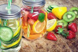 Hướng dẫn làm nước ngâm hoa quả giải khát detox (Infused water)