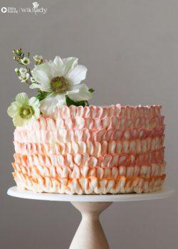 Bật mí cách làm bánh kem ruffle hai màu ngon và đẹp