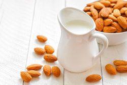 Công thức nấu sữa hạnh nhân