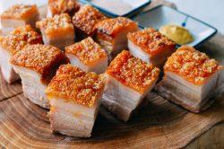 Thịt quay giòn bì đơn giản không cần xâm bì, quét dấm