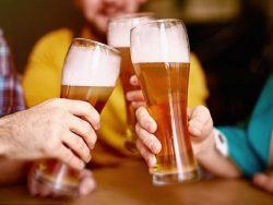 Bia có tác dụng chữa bệnh như… bác sĩ tâm lý