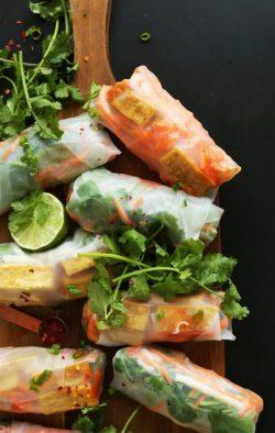 Hướng dẫn cách làm gỏi cuốn chay (Banh Mi Spring roll)
