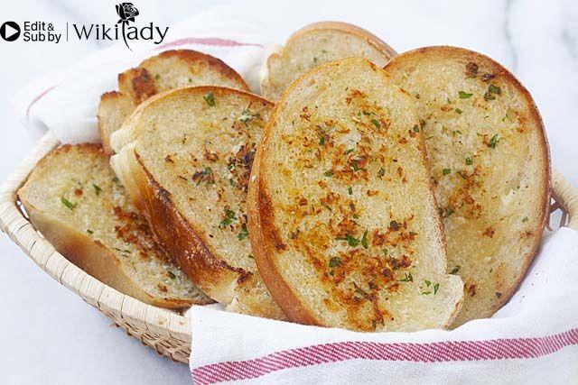 bánh mì bơ tỏi bước 4