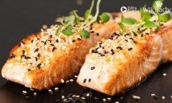 Món ăn Keto: Hướng dẫn làm món cá hồi nướng đơn giản trong 30 phút