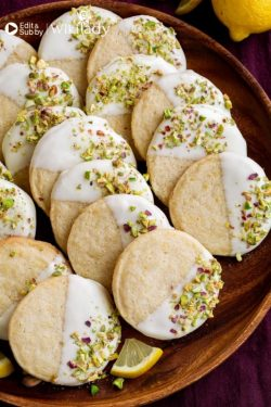 https://blog.wikilady.vn/cach-lam-mon-banh-quy-bo-chanh-gion-ngon-the-mat-white-chocolate-dipped-lemon-shortbread/