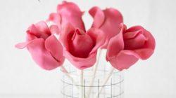 Cách làm cake pop phủ hoa hồng fondant quá xinh yêu