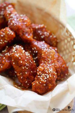 Cách làm gà chiên sốt cay ngọt Hàn Quốc