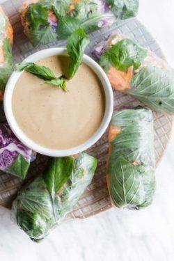 Hướng dẫn cách làm gỏi cuốn Thái với nước chấm không đậu phộng