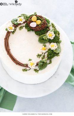 Cách làm vòng hoa trang trí bánh kem với tổ chim xinh yêu