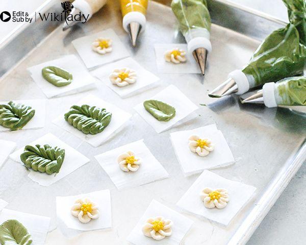 Cách làm vòng hoa trang trí bánh 7