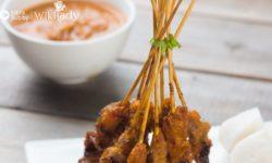 Món ăn Keto: Hướng dẫn làm món thịt gà xiên que với sốt đậu phộng
