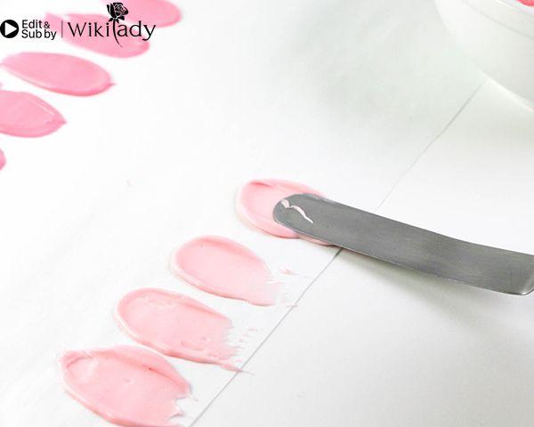 Cách trang trí bánh kem hồng hạc 9