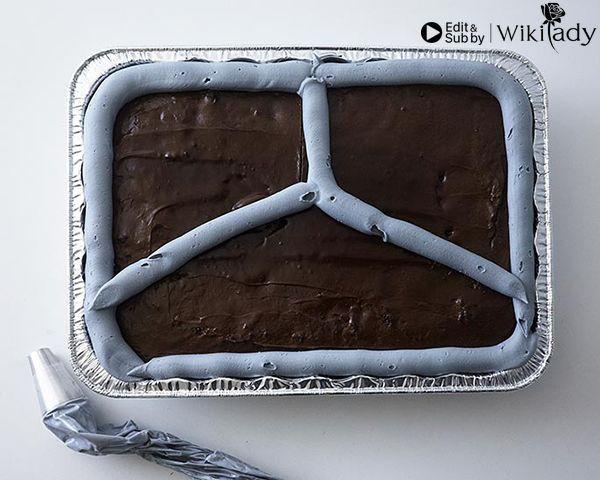trang trí bánh thành khay cơm 10