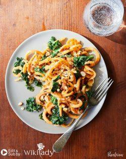 Món ăn Eat Clean: Mì khoai lang với nước sốt hạnh nhân