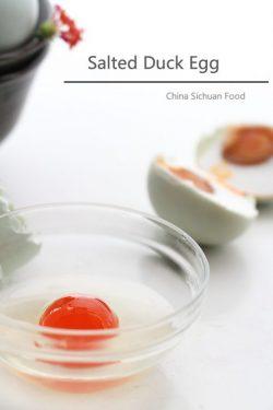 Hướng dẫn cách làm trứng vịt muối tại nhà đơn giản