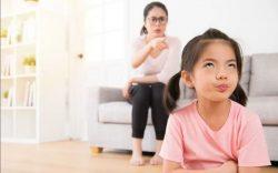 Những hành vi cha mẹ không nên tặc lưỡi bỏ qua vì nghĩ