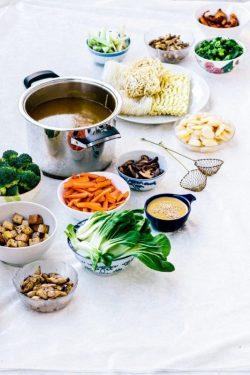 Hướng dẫn nấu lẩu chay – tinh tế, thanh đạm và ấm cúng