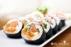 Làm cơm cuộn sushi theo chế độ ăn kiêng Paleo