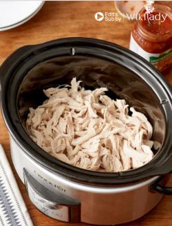 Món ăn Whole 30: Cách làm gà xé ăn kiêng dễ dàng trong nồi nấu chậm
