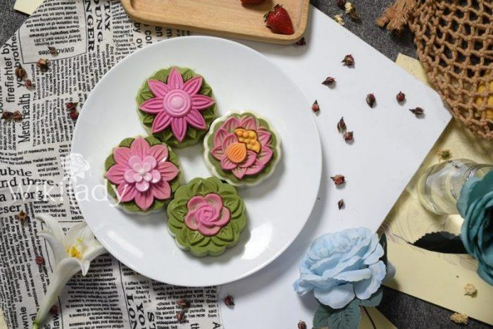 Bánh trung thu rau câu hoa nổi ngon và đẹp mắt