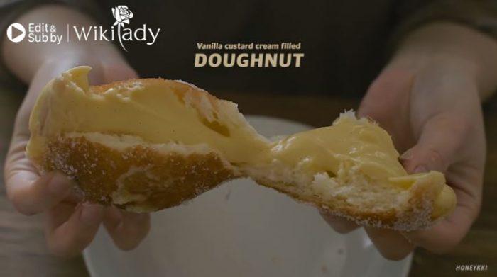 bánh donut custard vani siêu ngon