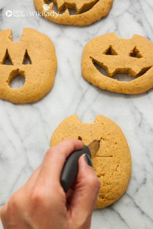 bánh quy bí ngô halloween
