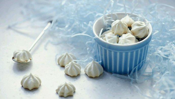 Cách làm kẹo Meringue làm từ lòng trắng cứng ăn là mê